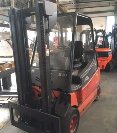 Електрокар 3000 kg Linde E30 600-02