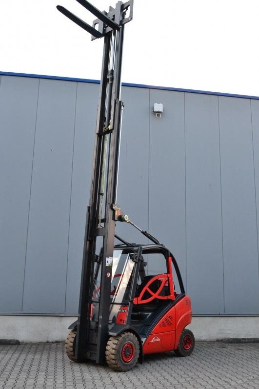 Газов мотокар Linde H30T 393 3000 кг