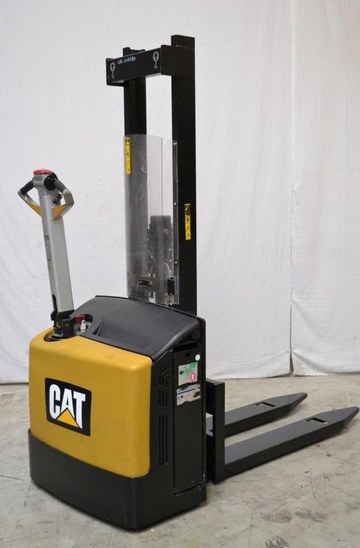 Електрически стакер Caterpillar NSP10N