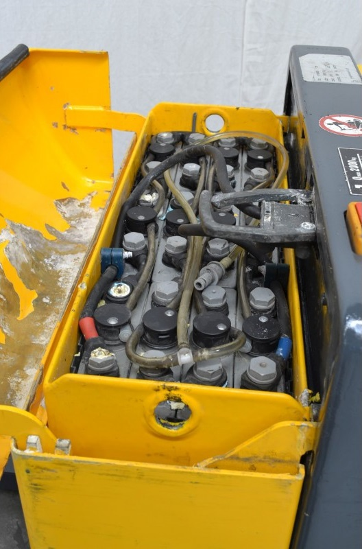 Електрическа количка Jungheinrich EJE 1220 R