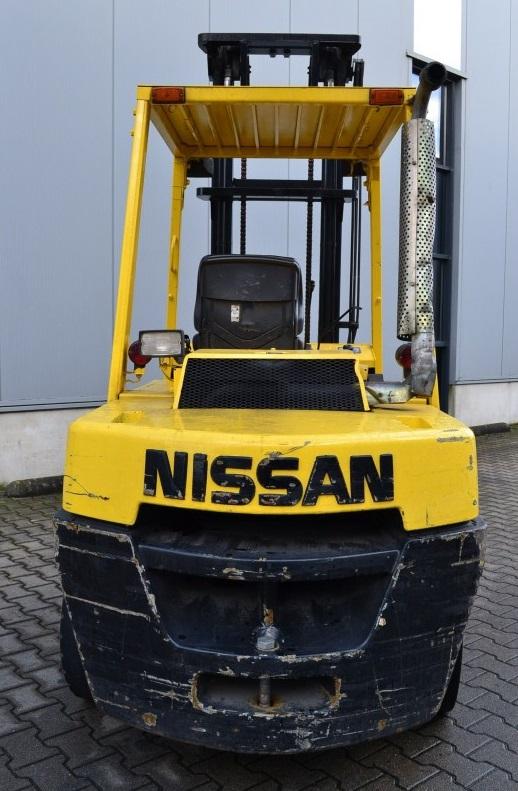 Дизелов мотокар Nissan WF03 A35U 4000 kg