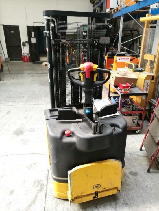 Електрически стакер OM 1400 kg