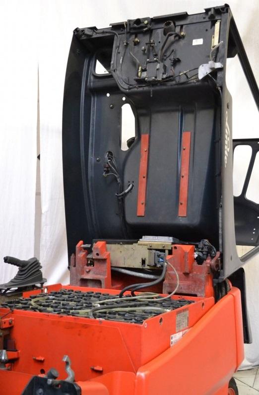 Електрокар Linde E30 600 336 02 3000 kg