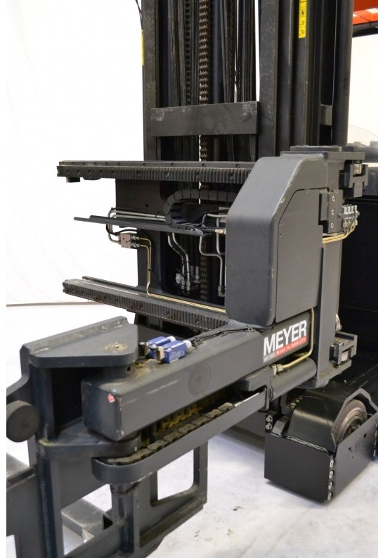 Рийчтрак за тристранна обработка Rocla 1300 kg