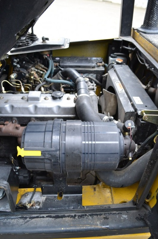 Дизелов мотокар Yale GDP25 TF 2500 kg