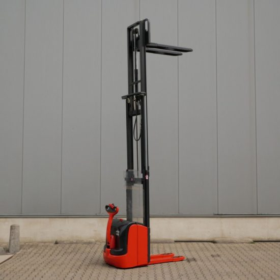 Електрически стакер Linde 1600 kg L16i