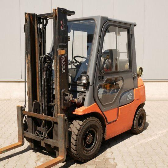 Газов мотокар Toyota 42 7FGF25 2500kg