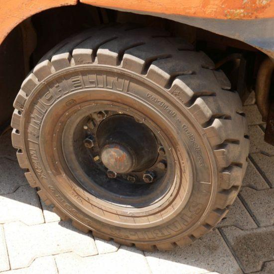 Газов мотокар Toyota 42 7FFGF25 2500kg