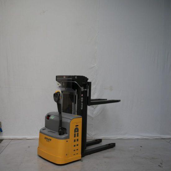 Електрически стакер Atlet 2000 kg