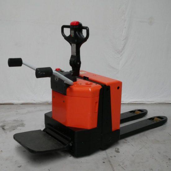 Електрическа количка с платформа BT LPE200