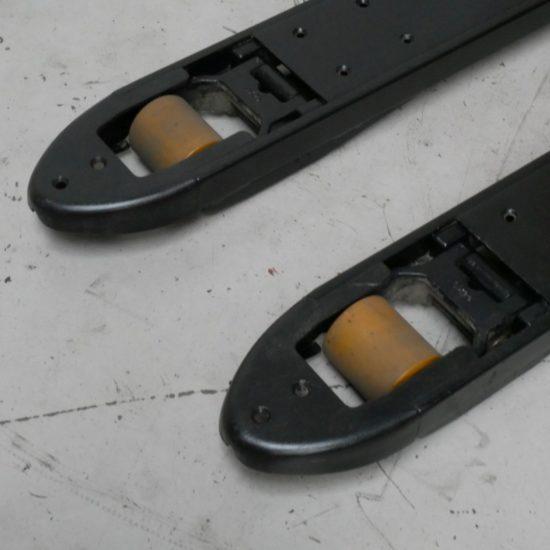 Електрическа количка BT LPE200-8